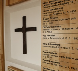 Památník obětem hor má nový interiér