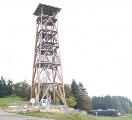 Dokończenie budowy wieży widokowej Eliška na Stachelbergu