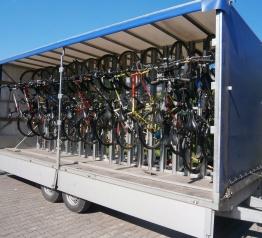 Karkonoskie cyklobusy przewiozły 33 141 osób i 3 749 rowerów