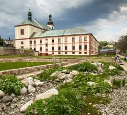 Ogród klasztorny wśród najbardziej inspirujących projektów