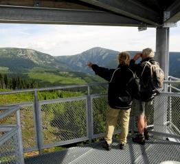Nadal rośnie liczba osób odwiedzających Karkonosze