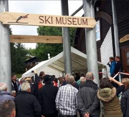 Otevření lyžařského muzea v Harrachově