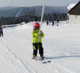 Skiareál buduje novou lanovku a rozšíří oblíbenou sjezdovku
