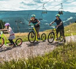 Nový dětský park otevřeli na Černé hoře